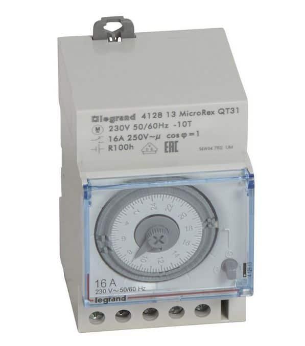Horloge modulaire analogique avec réserve Legrand