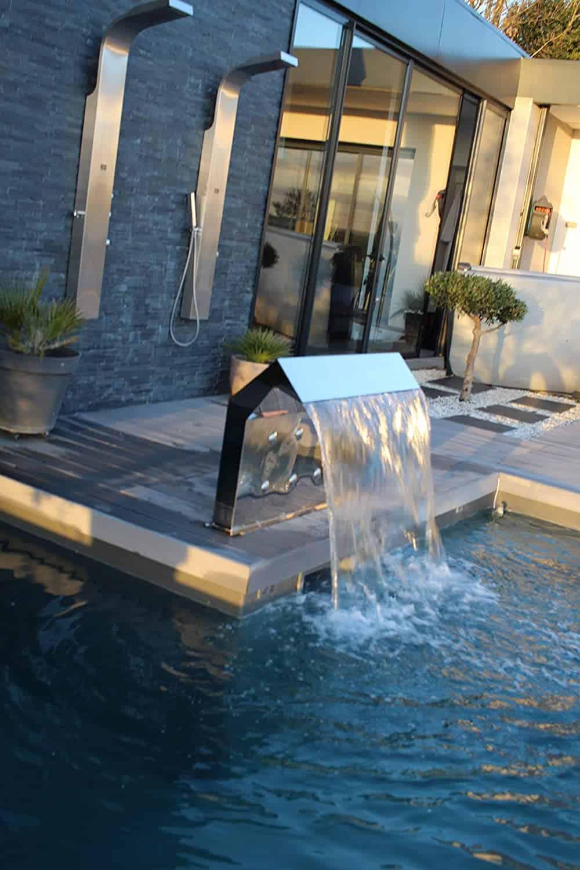 cascade de piscine en inox